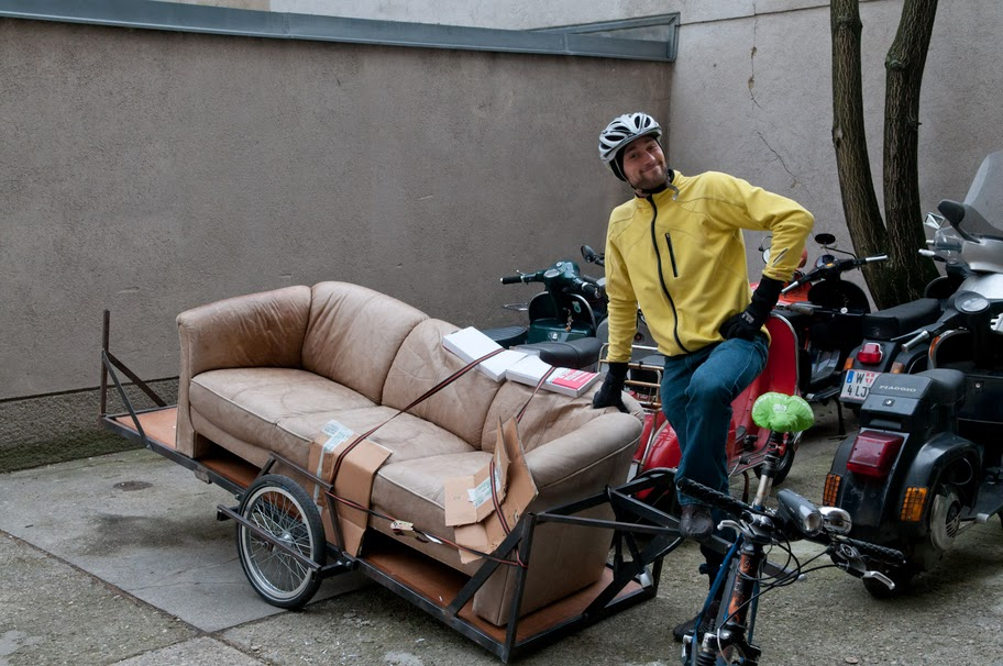 Praeservativanhaenger Couch